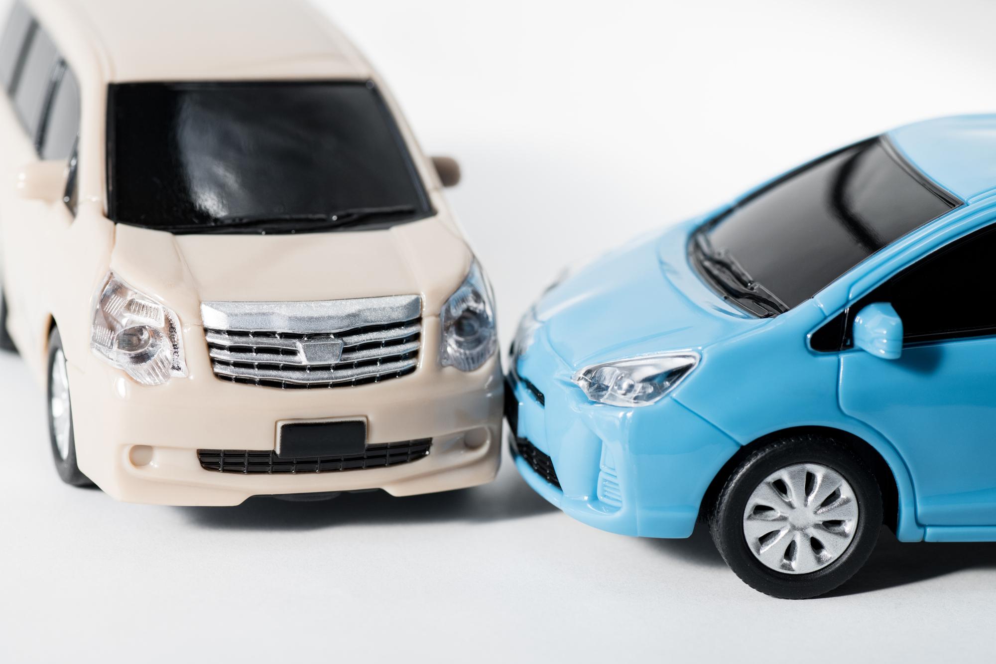 ハイエースで事故に!事故車でも買取価格はつく?