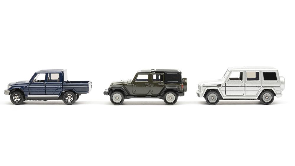 買取価格に車のグレードは影響?グレードの調べ方や高価買取されるランクルを紹介